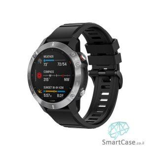 """רצועת סיליקון 26 מ""""מ בצבע שחור עם אבזם לשעוני גרמין פניקס Fenix 6X 5X 6X Pro"""